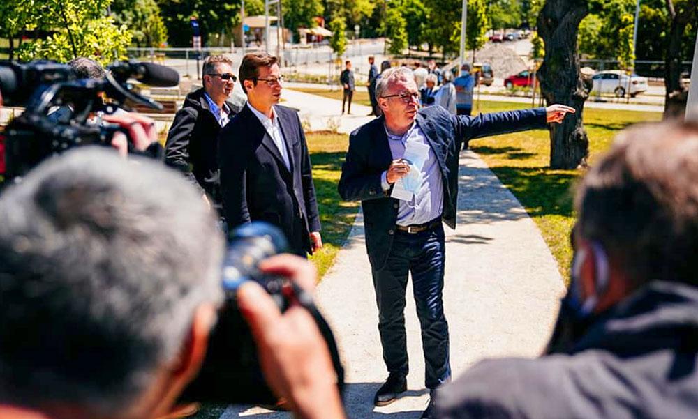 Fontos emberek adták át a Normafánál az Eötvös Loránd parkot