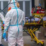 Meghalt egy önkéntes a koronavírus-oltás kórházi tesztelésekor, leállították a kísérleteket
