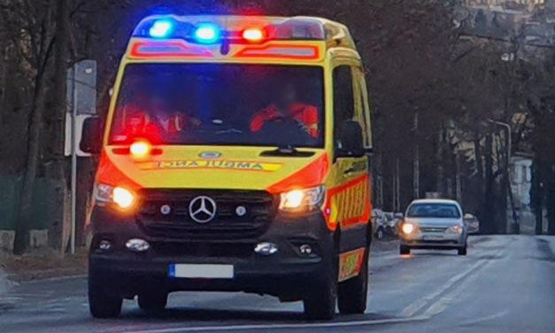 Egy 78 éves férfi holttestét találták meg Óbudán, a mentők már nem tudtak segíteni rajta