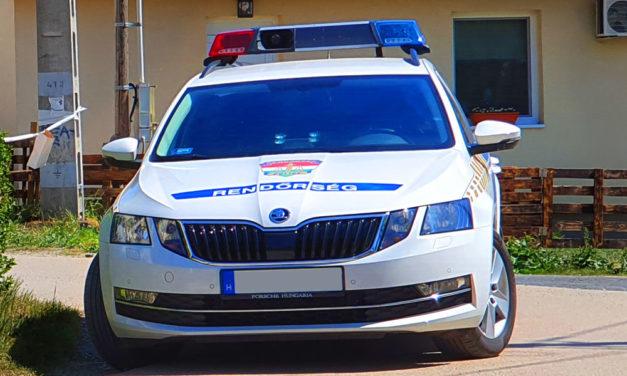 Hamis személyazonossággal csapta be a járőröket az a férfi, aki kilencedik gyermekét váró kismamával karambolozott Fóton