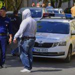 Lövöldözés Újpesten az utcán, két sérültet kórházba vittek