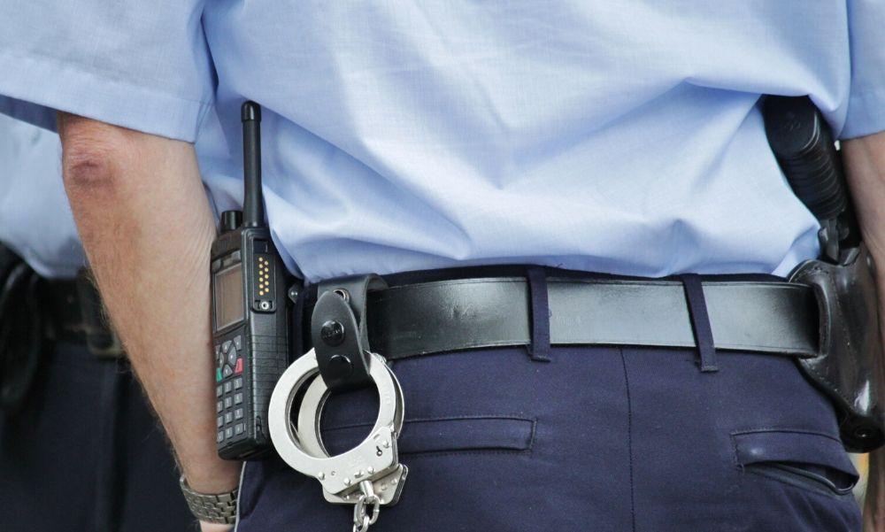 Nyaklánctolvajt kapcsoltak le a budapesti rendőrök – így fosztotta ki a gyanútlan nőket ez a férfi