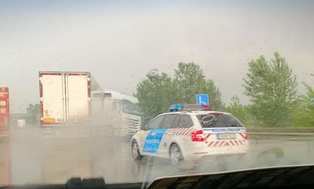 Három baleset is történt egy órán belül az M0-áson, nem nagyon lehet most arra közlekedni