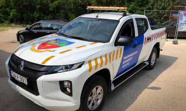 Rendőrautóra hajaz Kerepes rendcsináló polgármesterének új ötlete