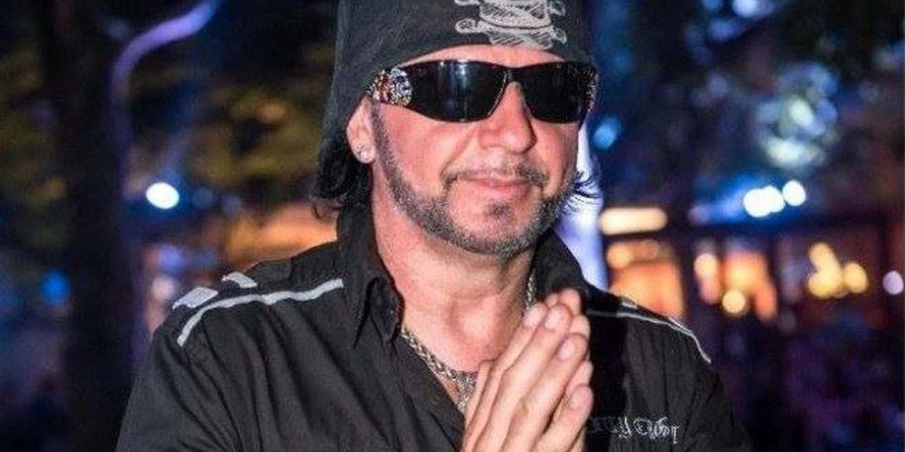 Balesetet szenvedett a közműlopással gyanúsított zenész