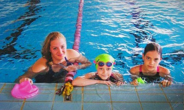 Macskacápa Úszóiskola és vizes tábor a Palatinuson, egész nap profik foglalkoznak a gyerekekkel