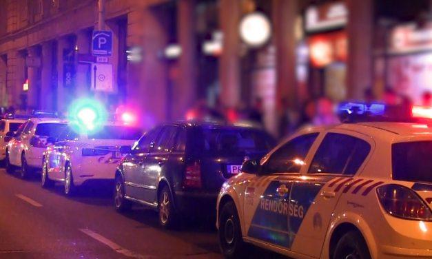 Tömegverekedés a bulinegyedben, megszállták a rendőrök a környéket, hogy vége legyen a balhénak
