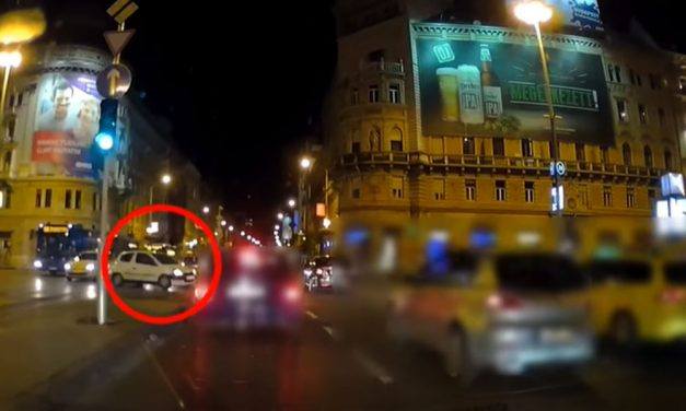 Majdnem tömegbalesetet okozott a Blahán egy piroson áthajtó autós