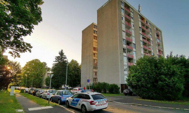 Ablakból kizuhanó férfi esett egy babakocsit toló nőre Újbudán, mindketten meghaltak