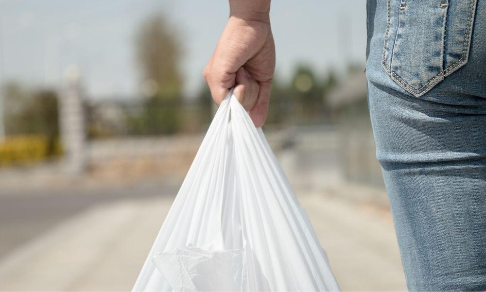 Brutális áron lesz kapható a műanyag zacskó – talán ez el is veszi a kedvet attól, hogy megvegyük
