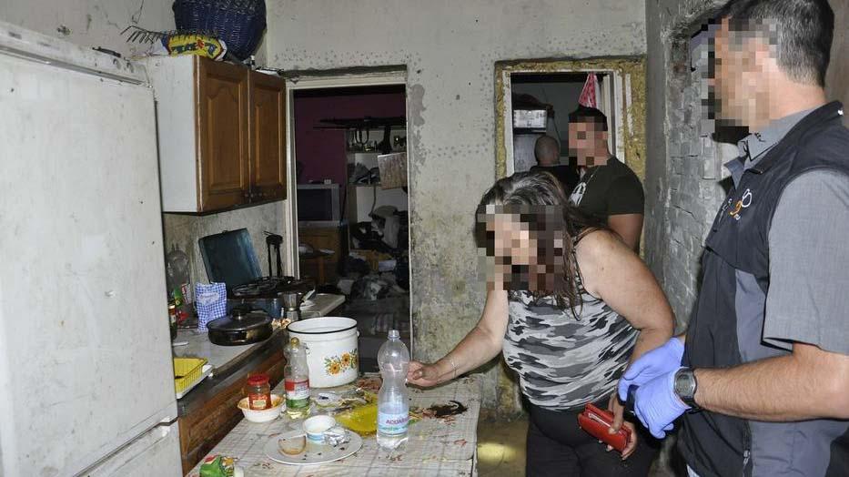 Borzalom Kerepesen: rettenetes dologra kényszerítették 4 kiskorú gyermeküket a szülők