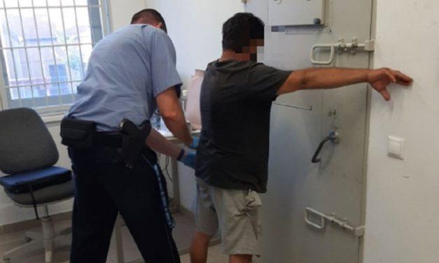 Besurranó tolvajok: A túl okos telefonokat eldobták, mert nem értettek hozzá