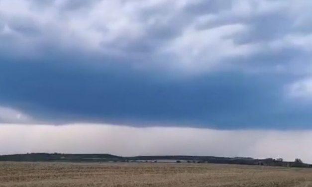 Szupercella csapott le Székesfehérvárnál és dél felé tart – videó
