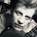 A Városligetben esett el biciklijével: meghalt az ismert tetoválóművész
