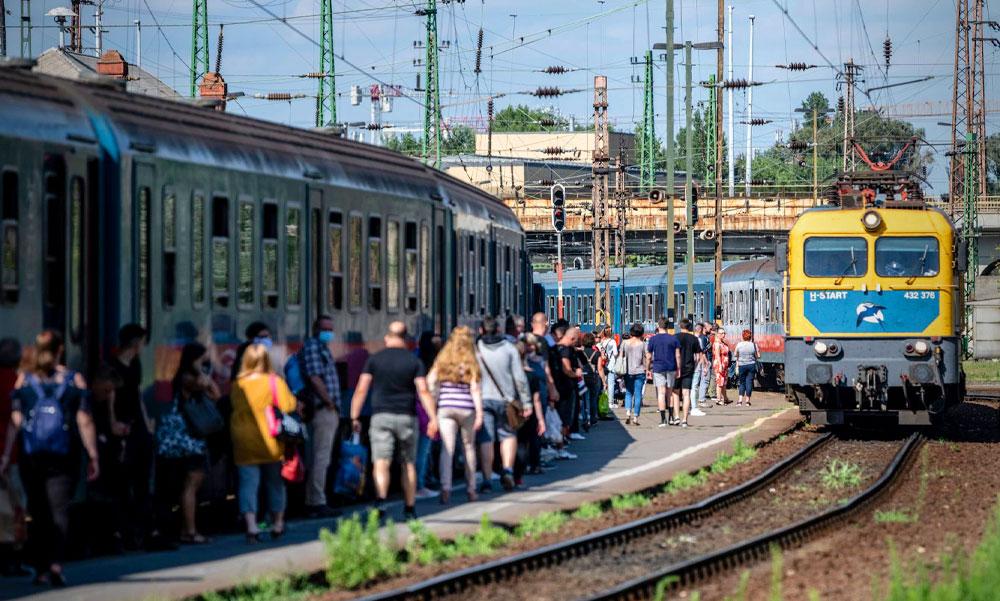 Szuper vonatközlekedést akarnak Budapesten és környékén, kíváncsiak a te vélemyényedre is