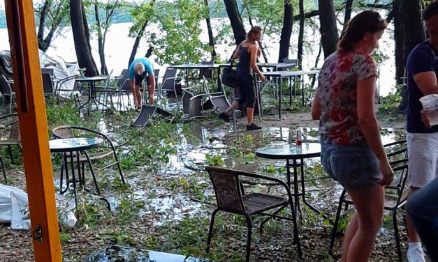 Durva vihar kapta el Dunakeszit, menekültek az emberek, lezárták a parti sétányt