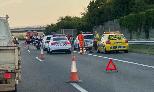 Hármas baleset az M7-esen: beállt az autópálya