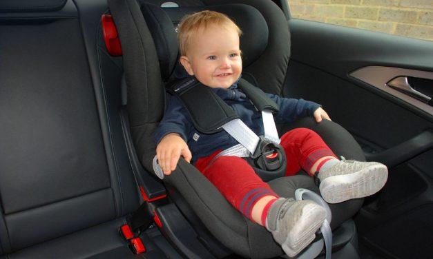 Gyerekülések: Legyen mindig biztonságban a gyerek az autóban
