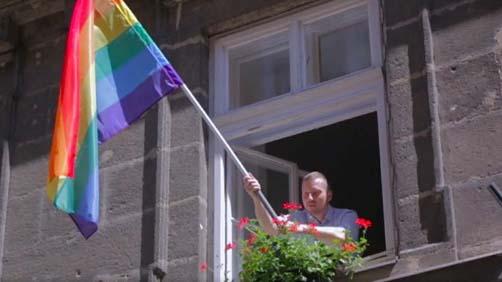 Az azonos nemű párok is kapnak ősztől jegyescsomagot Terézvárosban
