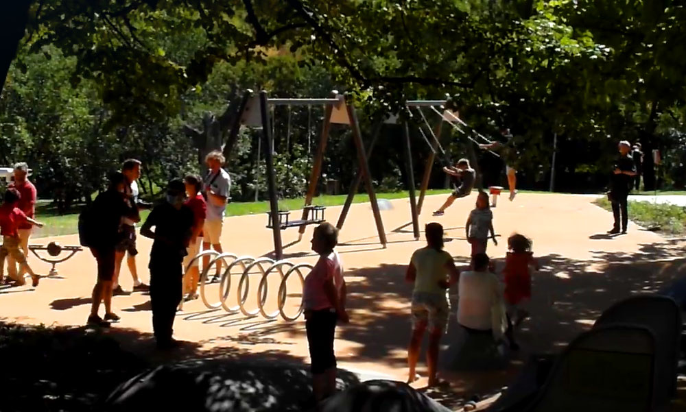 """""""Kevesebb beton, több zöld és több beleszólás"""" – mondta a főpolgármester, a tabáni szabadidőpark átadóján"""