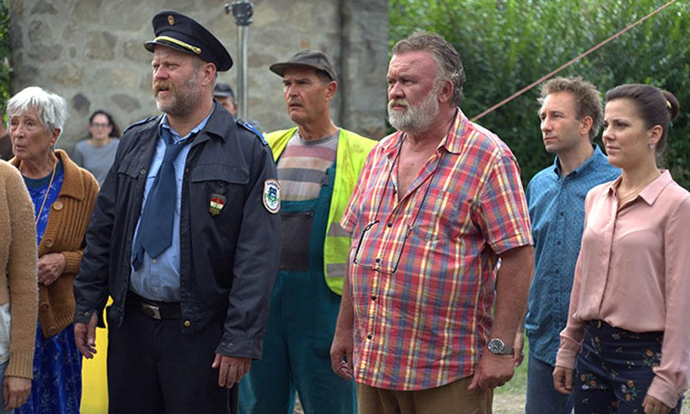 Itt a bejelentés, hogy mikor startol a Pilisszentléleken készülő Mi kis falunk új évada az RTL-en