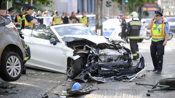 Erre nincsenek szavak: miután elítélték és örökre elvették a jogsiját, újra volán mögé ült M. Richárd, a Váci úton kapták el
