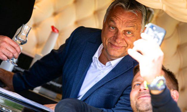 Ha lesz vakcina, a magyarok is kapnak – mondta Orbán Viktor, aki szerint változtatni kell Budapest üzleti modelljén