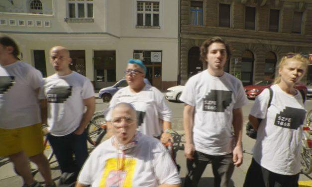 Egyetemfoglalás Budapesten, az aulában sátoroznak és tiltakoznak a hallgatók