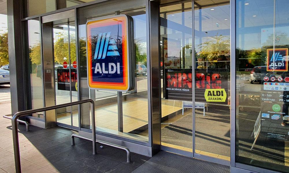 Bezárják az Aldi szupermarketet Gödöllőn, sátorba költözik az egész üzlet