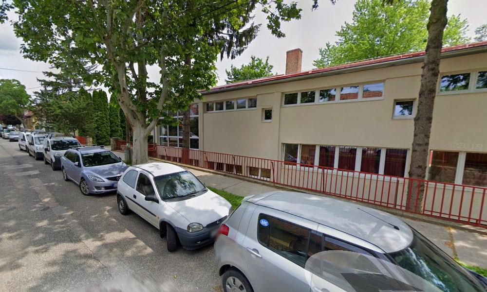 Koronavírus miatt egy teljes gimnáziumot zártak be Budakeszin