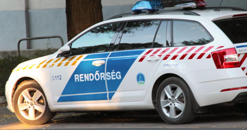 Brutálisan bántalmazták a rendőrök a részeg férfit a zuglói fogdán – a férfit életveszélyes állapotban vitték el a mentők