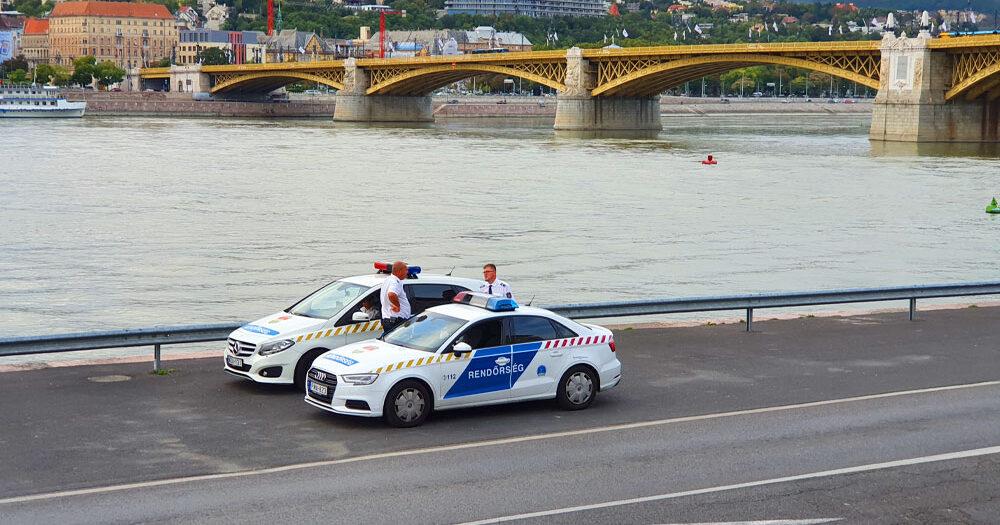 Holttestet sodort partra a Duna a Margitszigetnél, a rendőrök jelenleg is helyszínelnek a parton