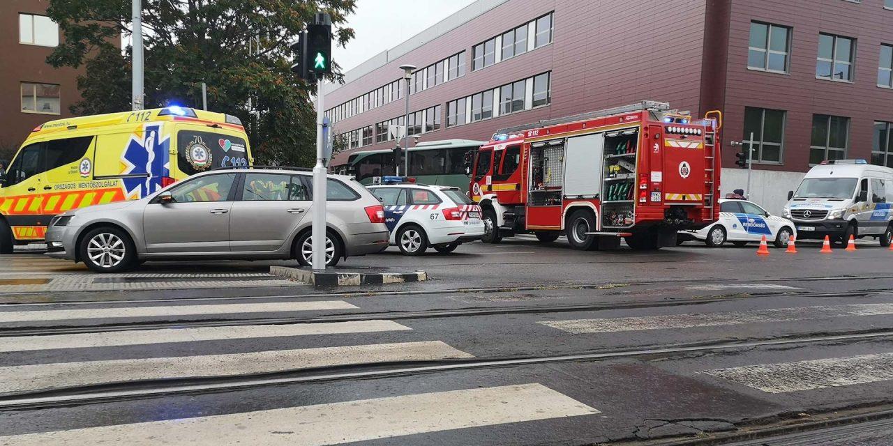 Halára gázoltak egy gyalogost Újbudán, az M5-ön egy férfi próbált átsétálni az úton, ő is meghalt
