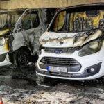 Maffiamódszerek Érden: Felgyújtottak két halottaskocsit, a polgármester szerint elődje uralkodásának szimbóluma ez a bűncselekmény