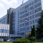Annyi a súlyos állapotban lévő fertőzött, hogy a miniszter újabb járványkórházakat jelölt ki: Vácon is kezelnek majd koronavírusos betegeket