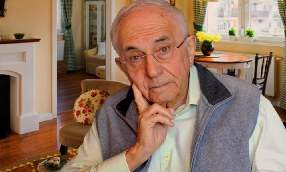 """A 88 éves Vitray Tamás az autóbalesete után újra vezet: """"Azt nem mondanám, hogy semmim se fáj"""" – állítja a nyugdíjas tévés"""