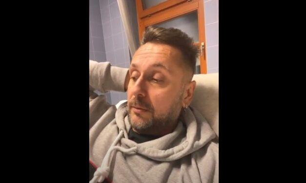 """""""Annyira leggyengültem, hogy az oldalamra sem tudtam fordulni"""" – visszakerült a kórházba Majka, nagyon megviseli a koronanvírus"""
