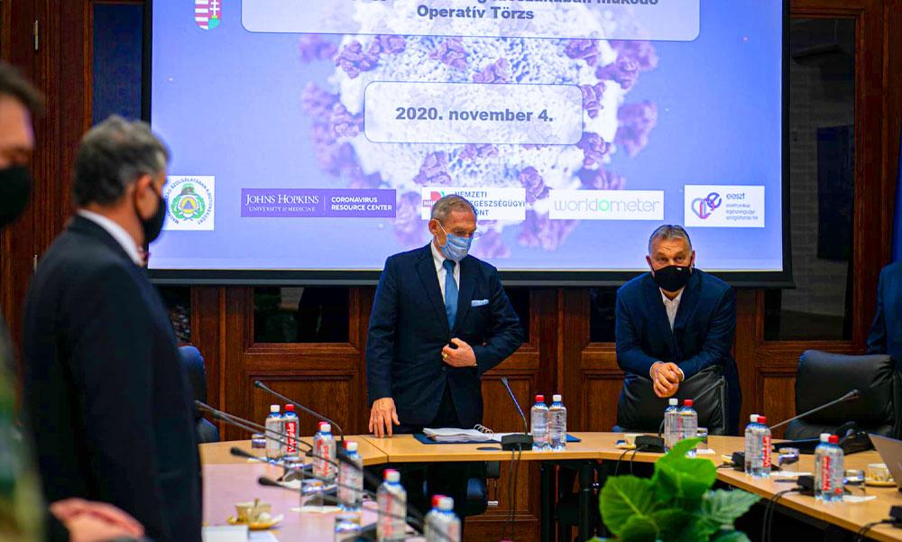 Életbe lépett a rendkívüli jogrend, Orbán Viktor ma hajnalban már az operatív törzsnél volt