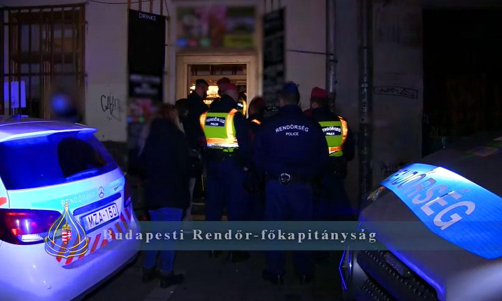 Razzia a belvárosban: Bezáratott a rendőrség több szórakozóhelyet mert megsértették a maszkviselési szabályokat