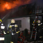Újabb döbbenetes részletek: égésgyorsítóval lobbantotta fel a házat a férfi, árván maradt egy 12 éves kisfiú a 15. kerületi háztűz után