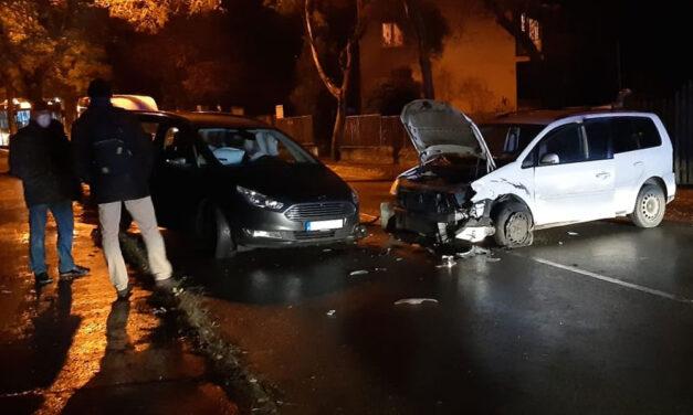 Karantén helyett ittasan vezetett és több autót összetört Budán a zavartan viselkedő férfi