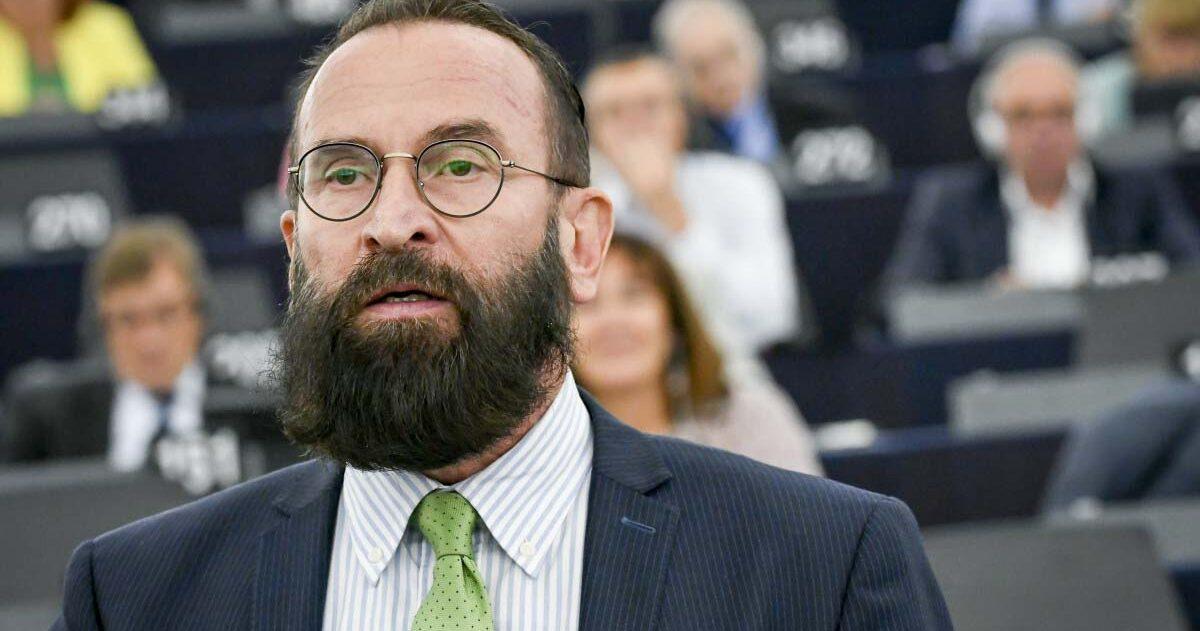 A botrányba keveredett Szájer Józseftől megvonták a címzetes egyetemi tanári kinevezését is