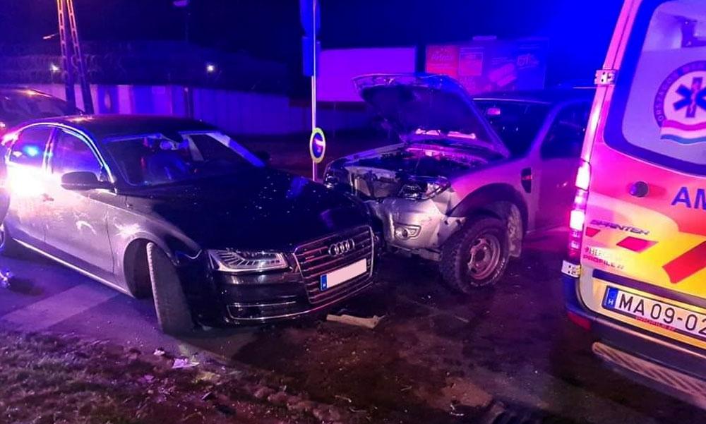 Furcsa karambol Kőbányán: Bilincsben vitték el a sérült sofőrhöz érkező családtagot, mert kiderült, körözi a rendőrség