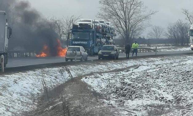 Halálos baleset Győrnél: négyen szörnyethaltak az ütközésben