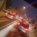 Káosz az utakon: felborult és elakadt autók, kigyulladt kamion, szinte lehetetlen közlekedni a várva várt hóesés után