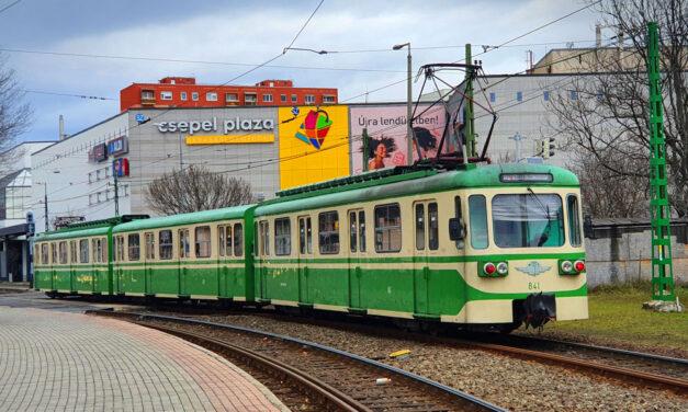 """""""Csepel köldökzsinórja elöregedett"""" – Vitézy Dávid bemondta a dátumot, ekkor indul a csepeli HÉV felújítása, ezzel pedig az új 5-ös metró fejlesztése"""