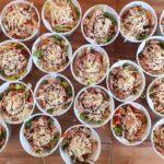 Emberségből jeles: ingyen ebédet szállítanak a Szent Imre Kórház Covid-osztályán dolgozóknak egy erzsébetvárosi bisztróból