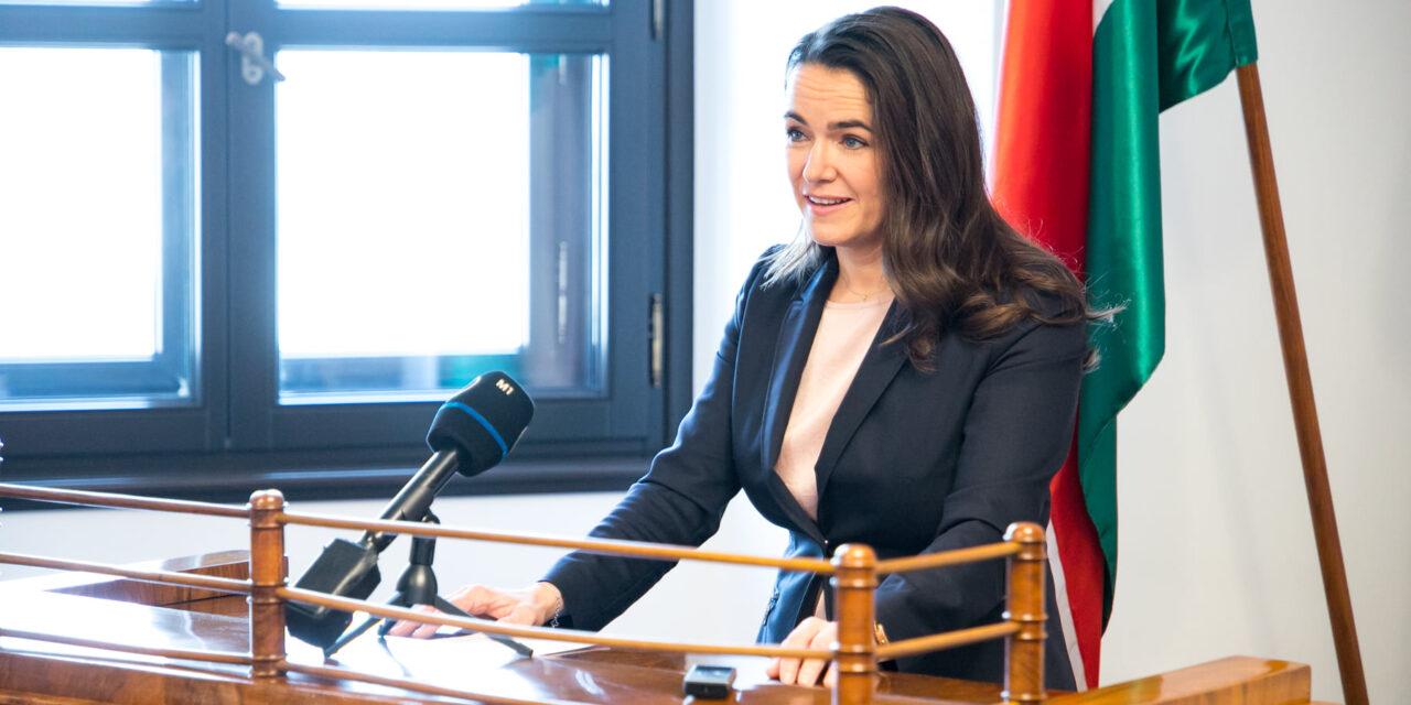 Novák Katalin videóban jelentette be: Ez jön február 1-től