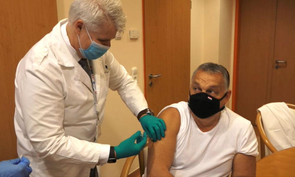 """""""A vakcina-táblázatommal kelek és ezzel fekszem"""" – Orbán Viktor a kínai oltást adatja be magának"""