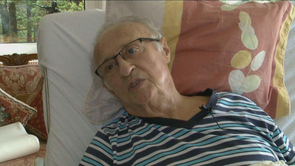 Sas József koronavírusos, kórházba vitték a 82 éves kabarékirályt